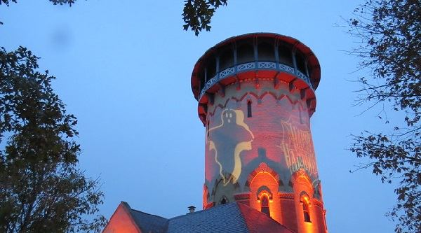 Howl-O-Ween Watertower - Image Footer Only