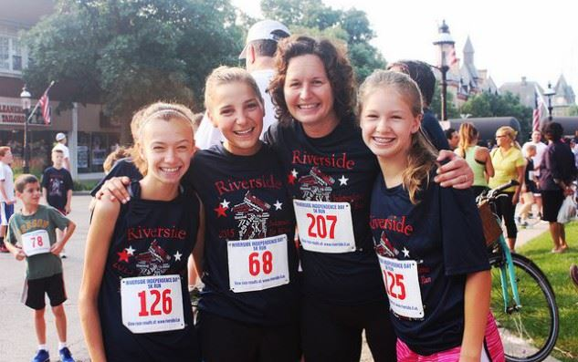 Four Ladies at the Riverside 5k Run